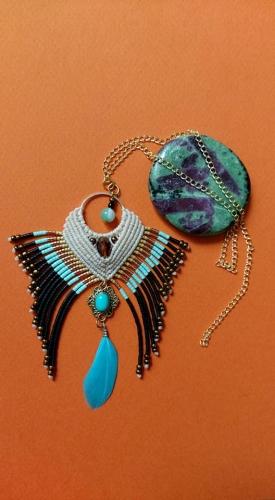 abby,pendentif,collier,boucles d'oreilles,bijou,faitmain,artisanat,petitsprix,boho,ethnic,hippie